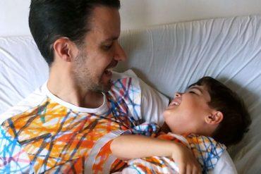 Desigual crée un tee-shirt pour célébrer la journée mondiale de sensibilisation à l'autisme
